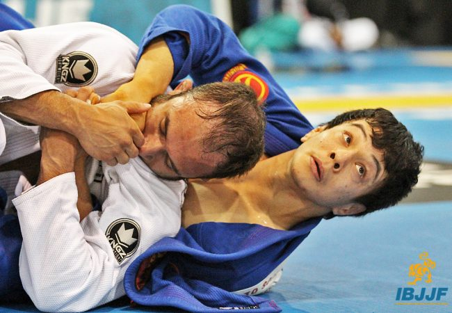 Paulo Miyao reaches 1st place on IBJJF rankings. Remember when he rolled with Renzo Gracie