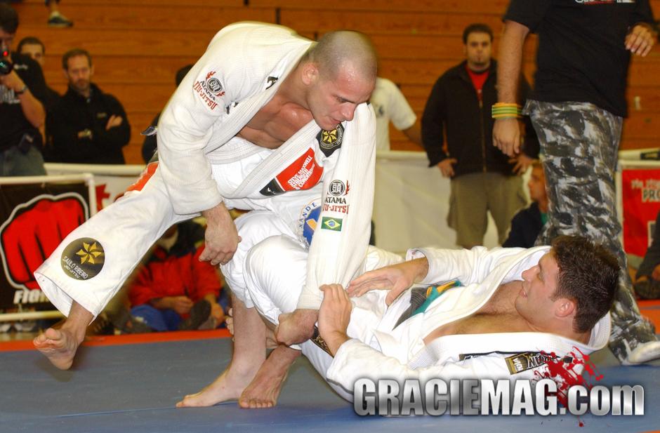 Pé de Pano vs. Xande at the 2005 Pan
