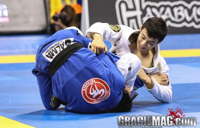 Miyao vence no Jiu-Jitsu: agora o magrinho aprontou no absoluto.