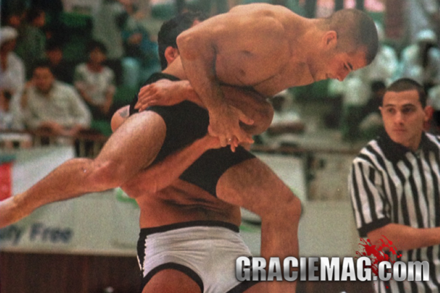 Mark Kerr vs. Leo Vieira at the 2000 ADCC