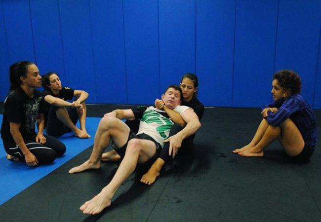 ADCC 2015: Bia Mesquita treina com atletas do UFC e flerta com o MMA