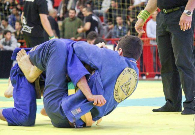 GMI: o estrangulamento rodado que rendeu o ouro no Jiu-Jitsu