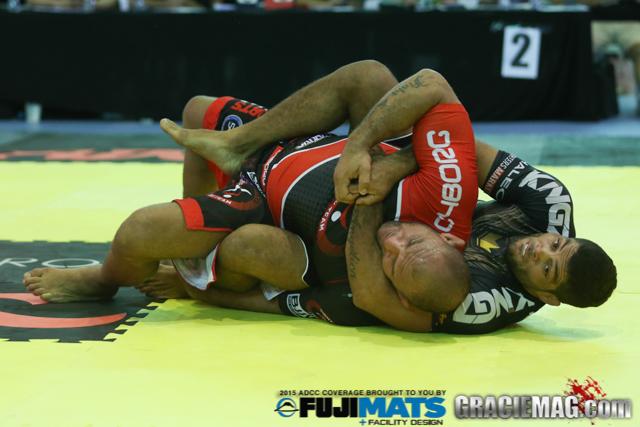 Vídeo: Relembre grandes combates de Jiu-Jitsu de 2015 e escolha seu favorito
