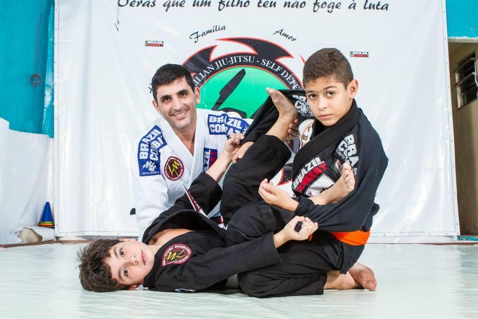 Luciano Pirulito oferece Jiu Jitsu gratis