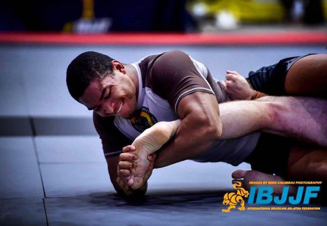 Vídeo: as dicas de Mahamed Aly para você treinar Jiu-Jitsu com sabedoria