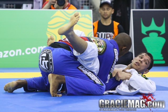 London Open: Negromonte, Zoeller win black belt open class; other day 1 results