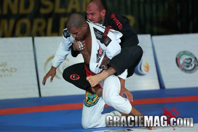 Watch how Cyborg beat Erberth Santos on his way to the title at the Grand Slam LA