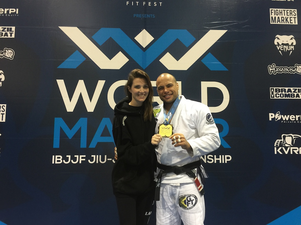 Os noivos Karen Ferro e Alberto Ramos no Mundial Master 2015, em setembro: pódio duplo para o casal da GFTeam.