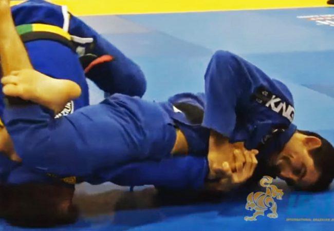Vídeo: A finalização de Daniel Beleza pelo tricampeonato no Mundial de Masters