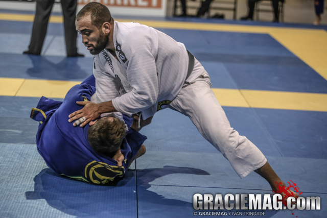 Tech Tuesday: Yuri Simões teaches two ways to defend against and counter the toureando pass