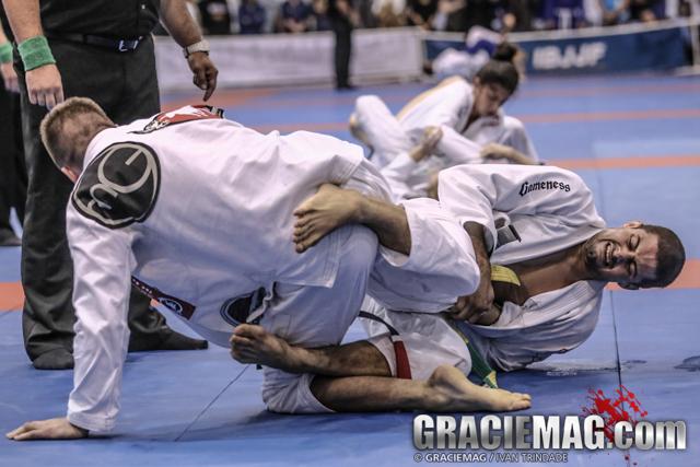 Kim Terra vs. Gianni Grippo