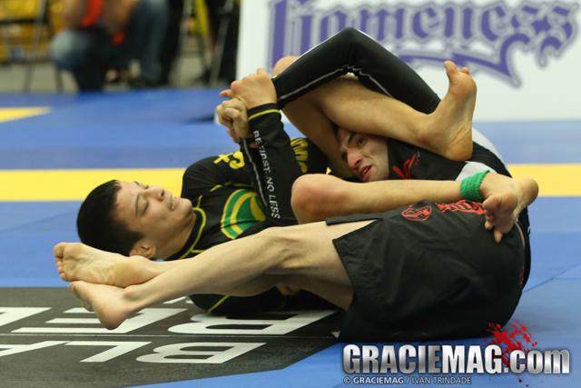 João Miyao foi campeão mundial sem o paletó em 2014. Foto: GRACIEMAG