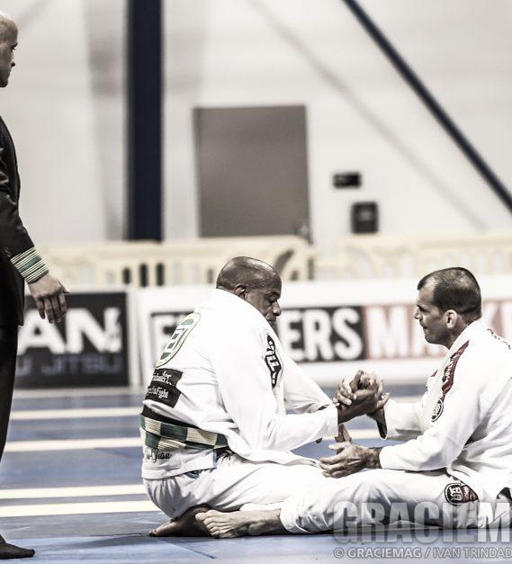 Megaton e Traven se cumprimentam no Mundial Master