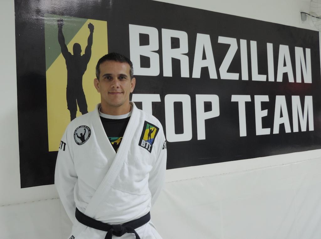 Professor Ricardo Marques, nosso GMI, ensina na BTT Juiz de Fora. Foto: Divulgação