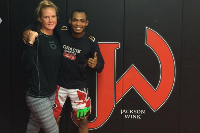 Watch: Holly Holm shows her armbar skills during session with Rafael Barata