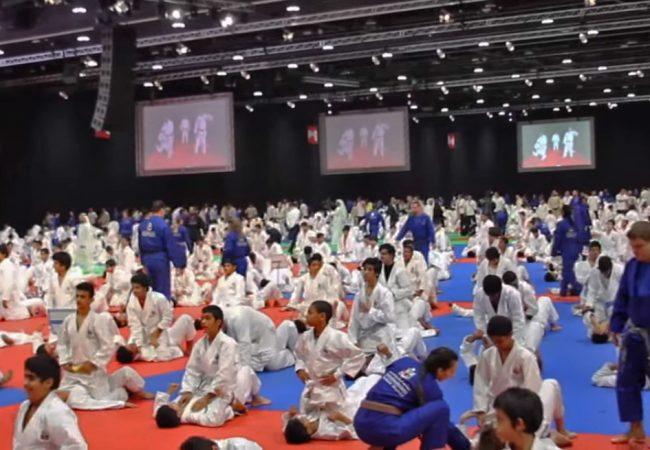 Vídeo: Veja a aula de Jiu-Jitsu que entrou para o livro dos recordes