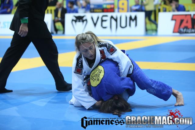Andresa vs. Mackenzie at the 2016 European