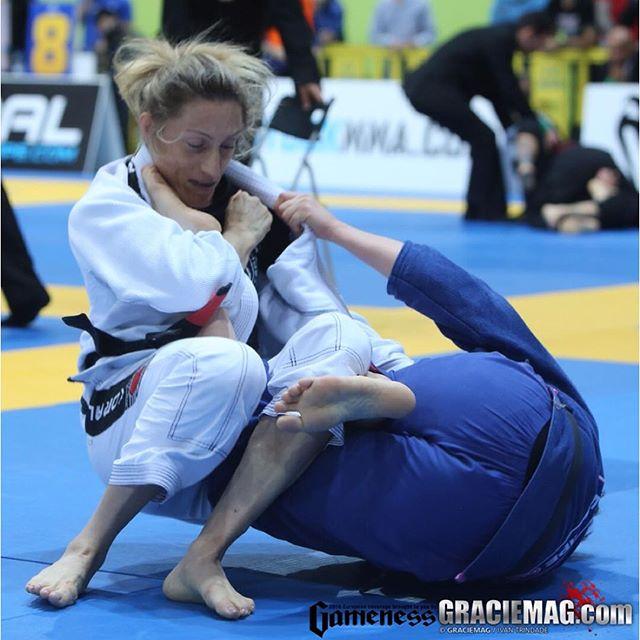 Andresa Correa faturou os dois ouros possíveis no Europeu de 2016. Foto: Ivan Trindade