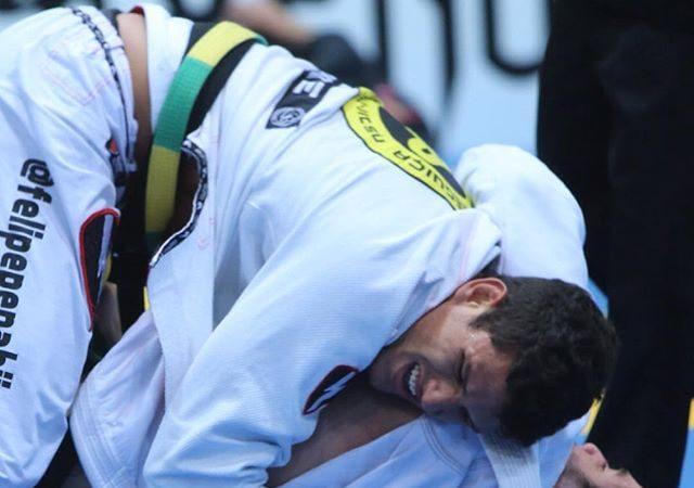 Europeu 2016: Felipe Preguiça lesiona o braço e fica fora do peso