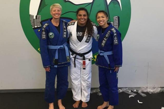 Cheryl (left), Professor Hannette, fellow student