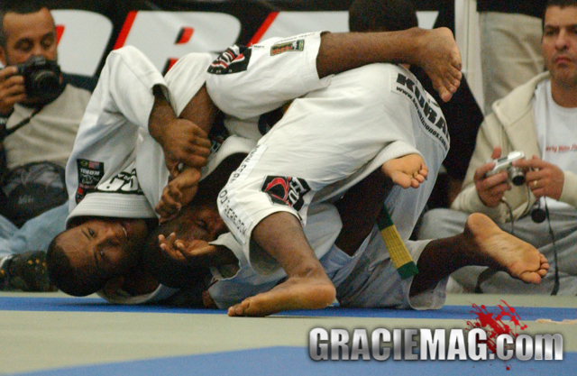 Remember Tererê vs. Jacaré for open class gold in 2004; sign up for the 2016 Pan