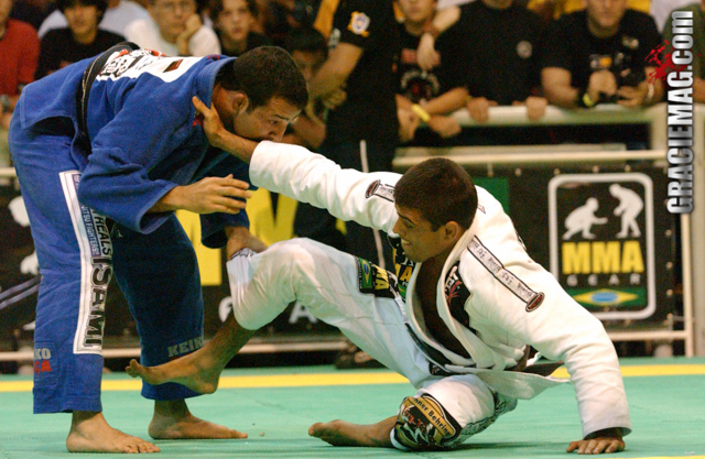 Celebrate Mario Reis' birthday watching the match that made him black belt world champion in 2003