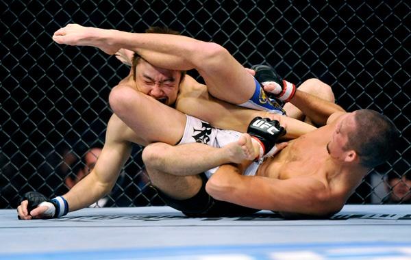 Vídeo: o Jiu-Jitsu afiado de Nate Diaz, adversário de McGregor no UFC 196