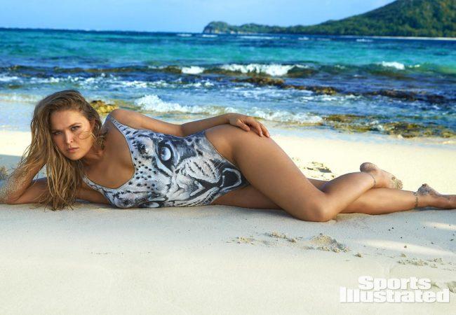 Vídeo: Sem kimono e sem roupas, Ronda Rousey posa para fotos com corpo pintado