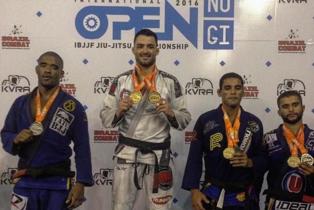 Rio Summer Open: Cassio Francis, Carina Santi open class champions; other results