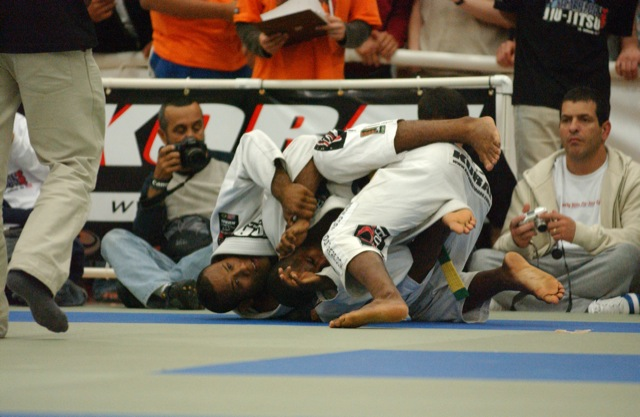 Jiu-Jitsu: Relembre o duelo de Tererê contra Ronaldo Jacaré no Pan 2004