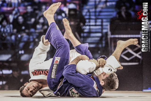Sweep from the half guard with Marcus Buchecha