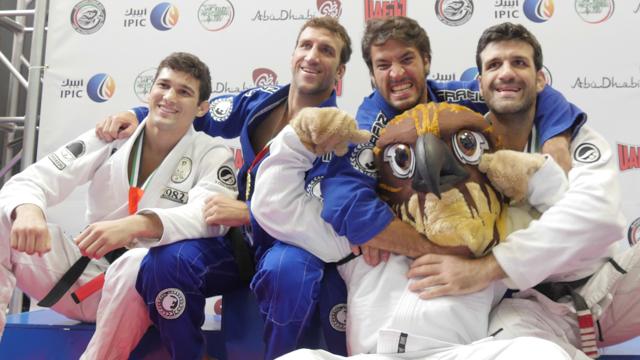 Robson, Igor, Gregor e Rolles Gracie no pódio do NY International Pro da UAEJJF.