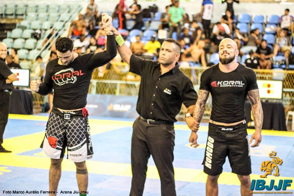 Cassio Francis volta para Minas Gerais com quatro ouros no peito. Foto: Marco Aurélio/Arena Jiu-Jitsu