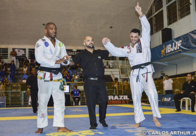 Rio Summer Open: Cássio Francis e Carina Curvelo reinam com ouro duplo
