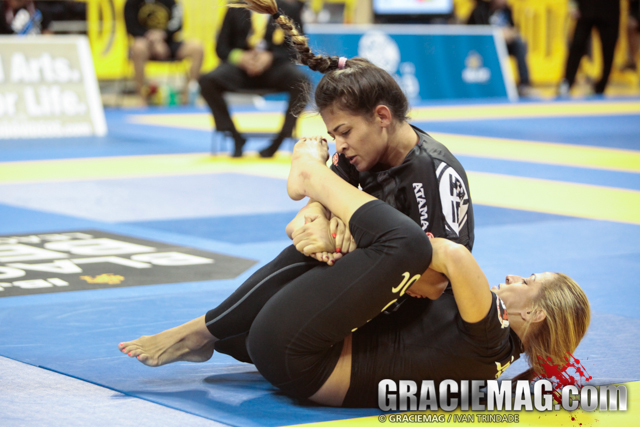 Celebrate Bia Mesquita's birthday watching her do a lightning fast armlock in 2014