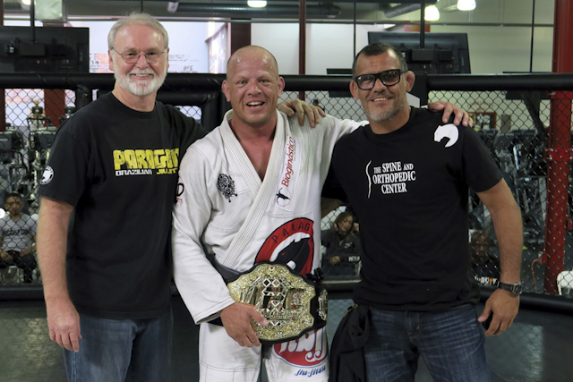 Hollywood BJJ's Rodrigo Antunes celebrates victory at UFC Super Challenge
