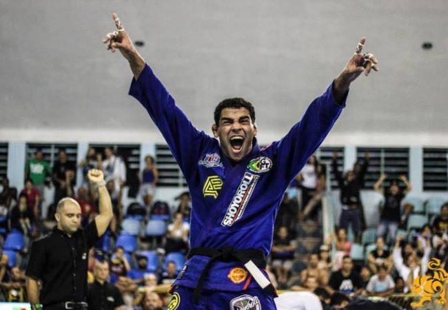 Vídeo: O armlock campeão de Jaime Canuto no Las Vegas Open