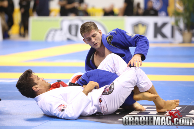 Mendes vs. Cobra at the 2015 Worlds