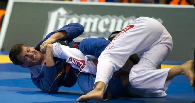 Vídeo: Rafa Mendes e o armlock em Samir Chantre pelo ouro no Las Vegas Open