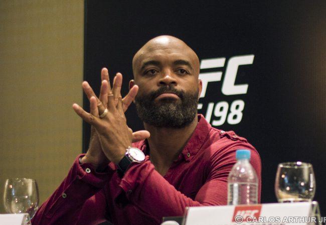 Anderson Silva passa por cirurgia e deixa o UFC 198; Hall recusa substitutos