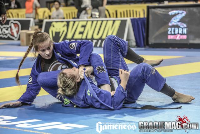 Dominyka Obelenyte faturou o ouro duplo no mundial do ano passado. Foto: Ivan Trindade
