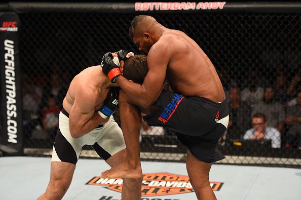 Overeem venceu sua quarta luta seguida no UFC. Foto: JOsh Hedges/Zuffa LLC via Getty Images