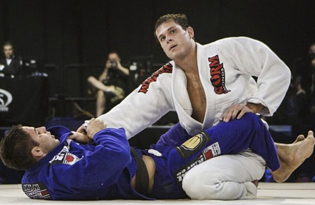 Roger Gracie to face Marcus Buchecha in Rio de Janeiro