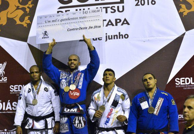 Erberth Santos vence algoz e brilha na 1° Etapa do Circuito Goiano de Jiu-Jitsu