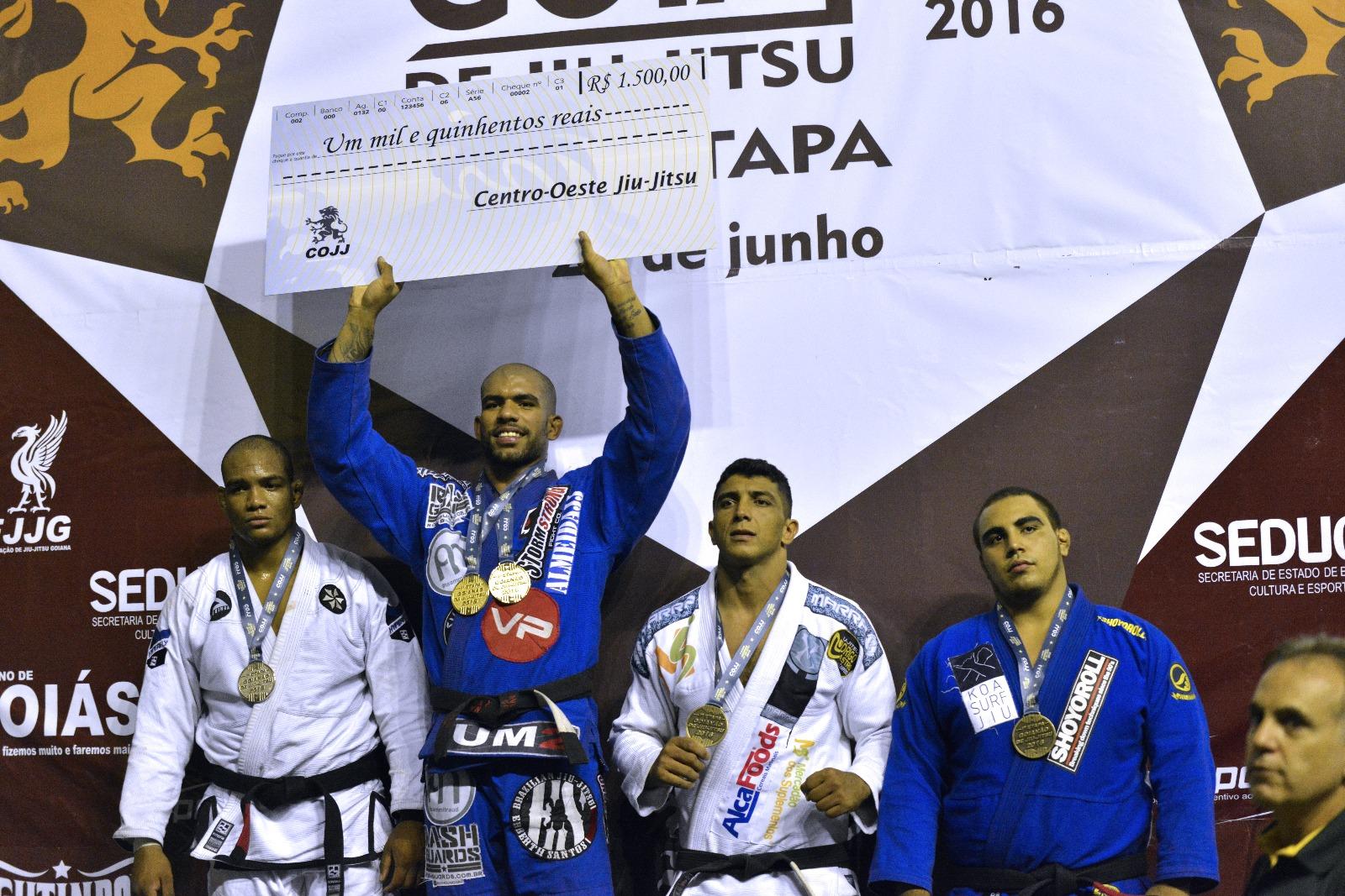 Erberth Santos faturou o prêmio maior do evento em Goiás. Foto: Divulgação