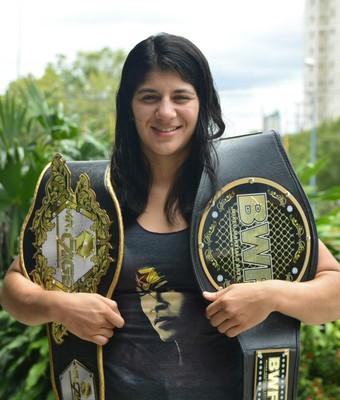 Ketlen Vieira chega com bagagem para estrear no UFC. Foto: Antônio Lima