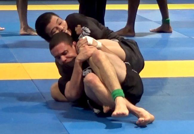 Vídeo: O mata-leão de João Miyao pelo ouro no Americano de Jiu-Jitsu