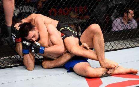 Vídeo: Demian Maia e o mata-leão que despachou Carlos Condit no UFC
