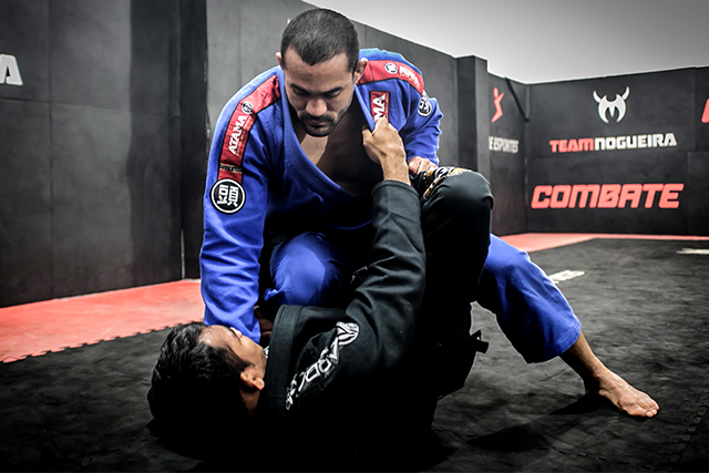 Davi Ramos talks about repetition training, evolution of Brazilian Jiu-Jitsu and shows a x-guard pass to omoplata attack