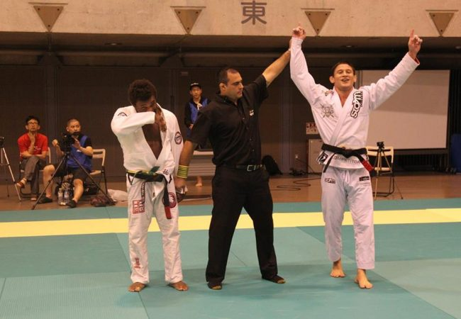 Calasans e Mackenzie faturam peso e absoluto no Asian Open de Jiu-Jitsu